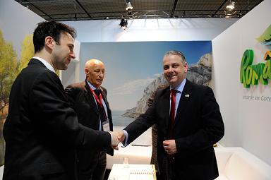 Interviu cu Cristian Petrescu, ministrul Dezvolării Regionale şi Turismului: Efortul ministerului în ceea ce priveşte branduirea României ca destinaţie de turism trebuie dublat de o atitudine pozitivă a românilor