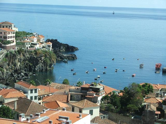 "Senior în Madeira, ""insula grădină"", prin Paralela 45"