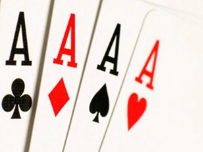 Poker, de la offline la online