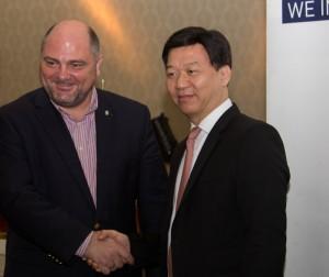 Viceprimarul Capitalei, Dan Darabont, alaturi de Yao Weizhi, Directorul adjunct al Departamentului de Afaceri Externe al Shenzhen