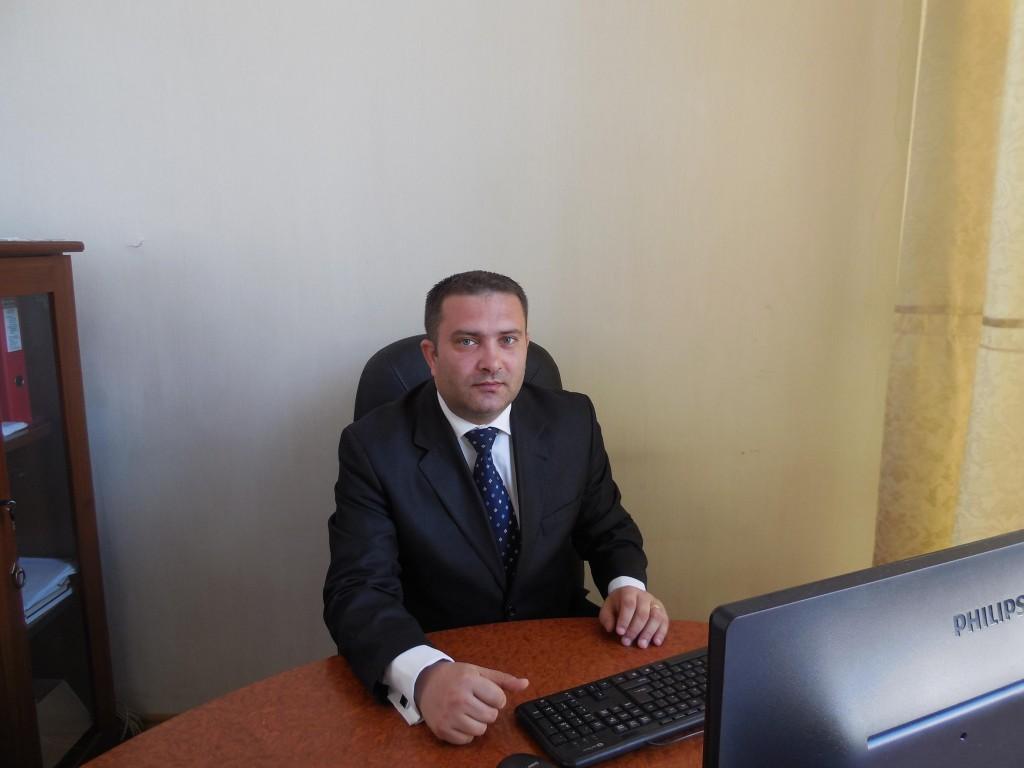 Adrian Mocanu, directorul hotelului Roman Plaza