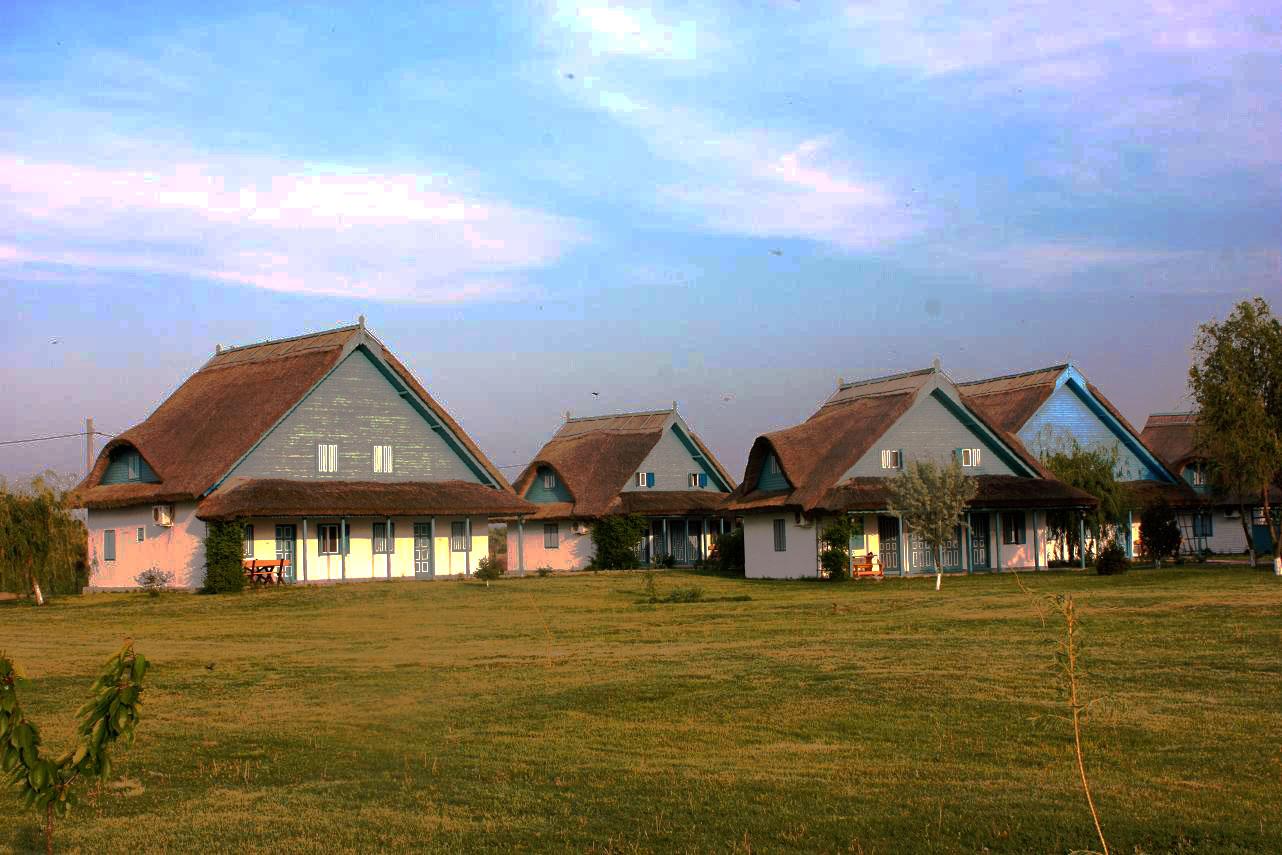 Complexul Cormoran, Uzlina, Delta Dunării (România – o fotografie şi o poveste / 38)