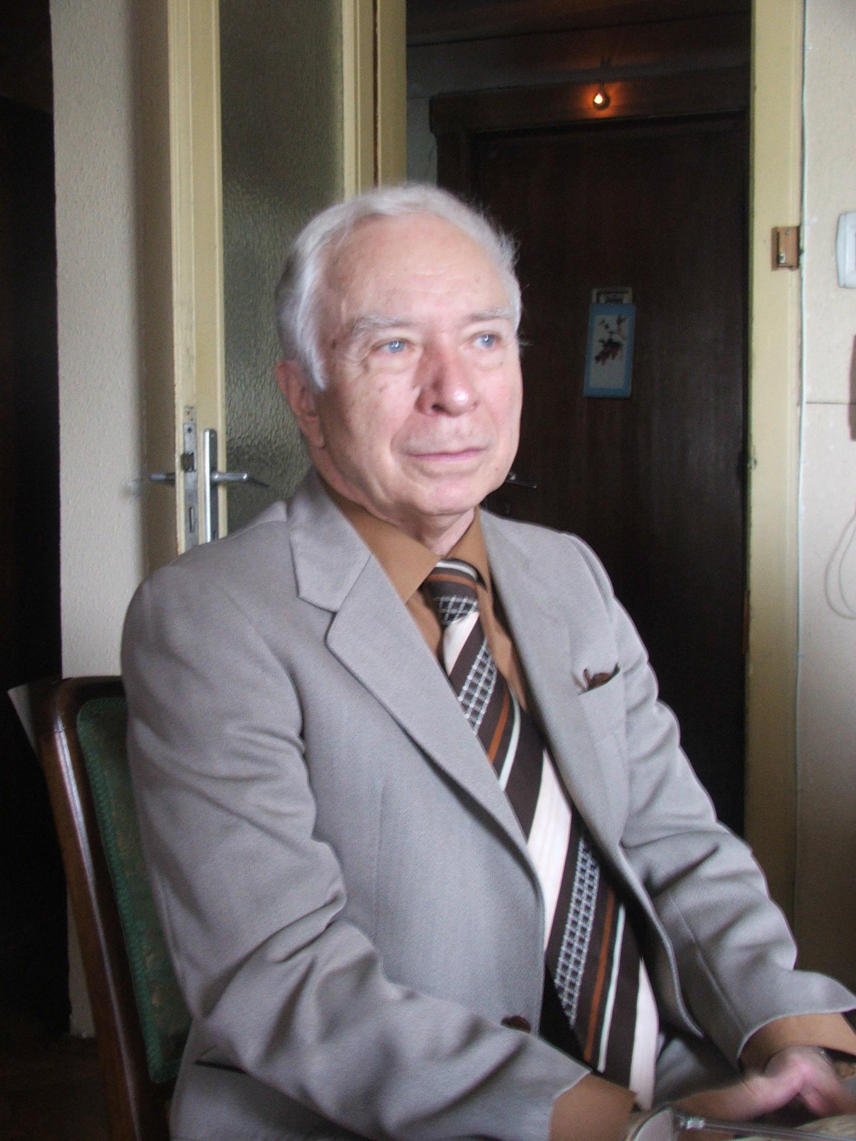 Ion Hobana – un aristocrat al anticipaţiei româneşti