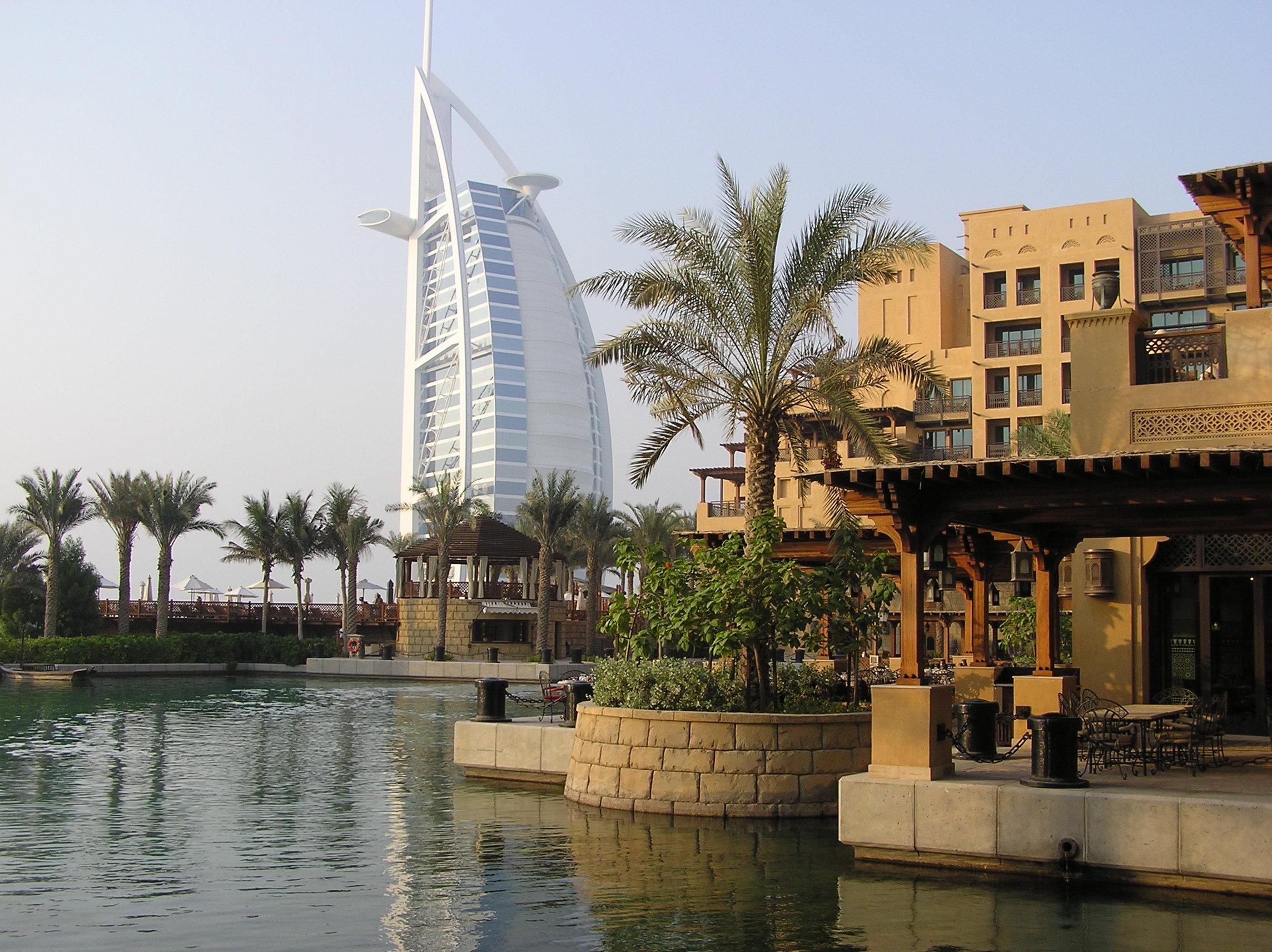 Dubai, destinaţia caldă a toamnei