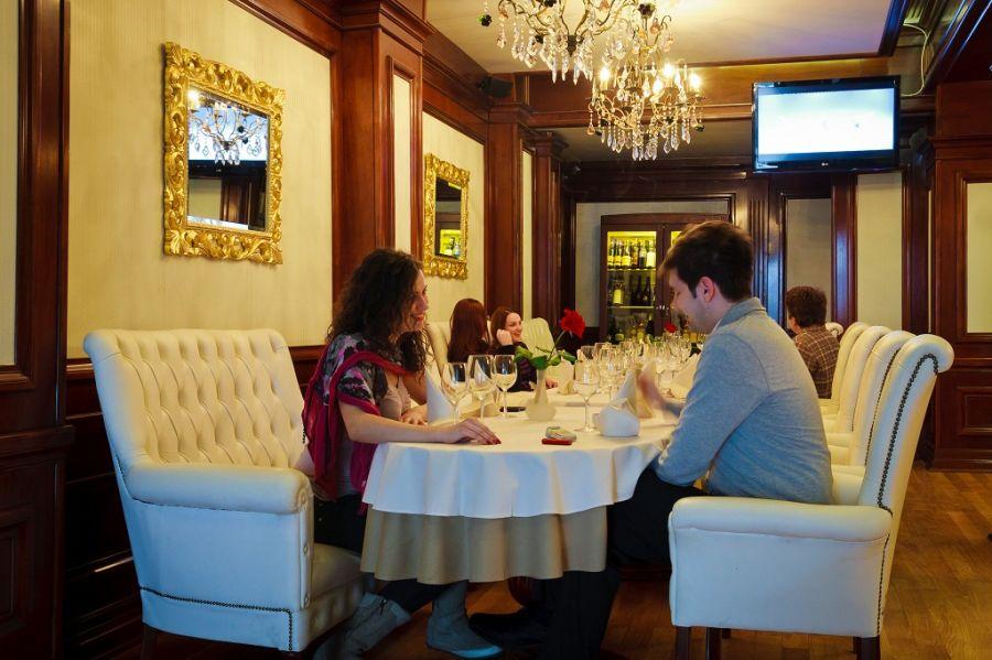 "Hotelul Roman  Plaza devine ""hub"" turistic pentru Moldova de Nord"