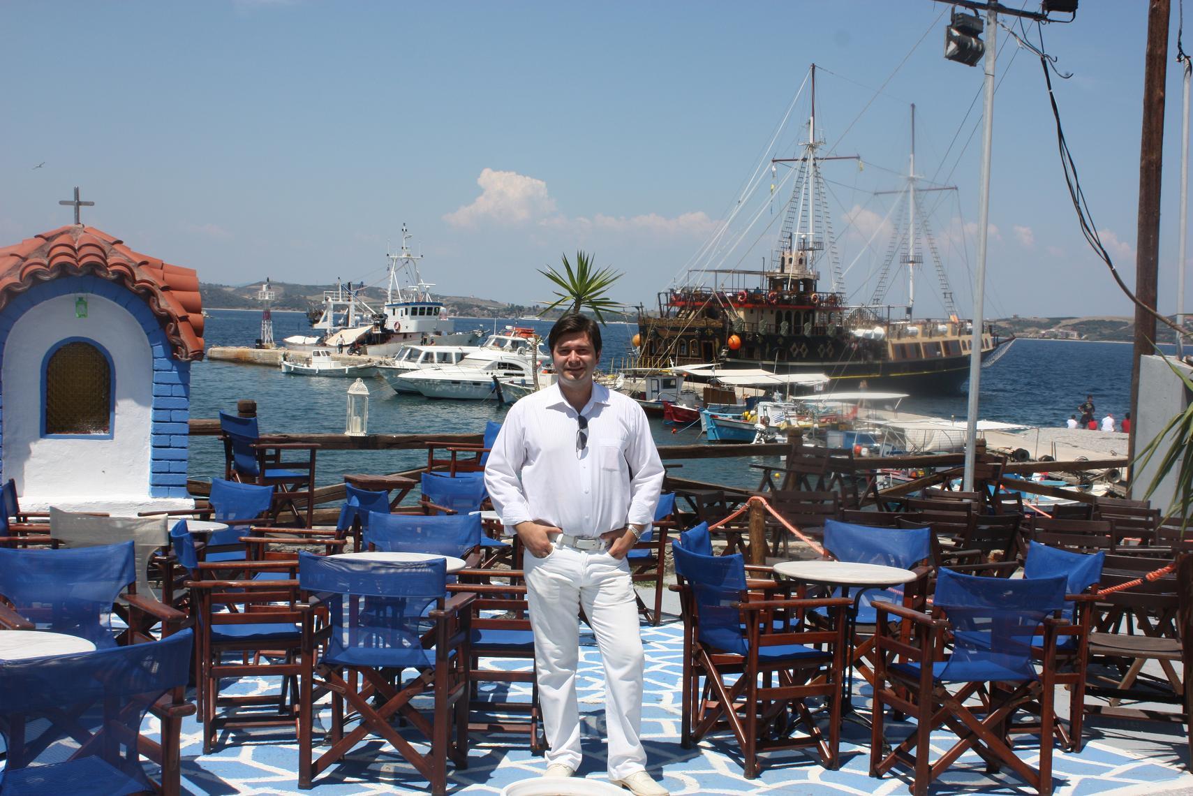 Cred în Grecia! Merg în Grecia! Cred în spiritul Zorba!