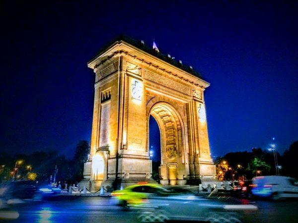 Top 10 orașe românești care devin destinație de city break
